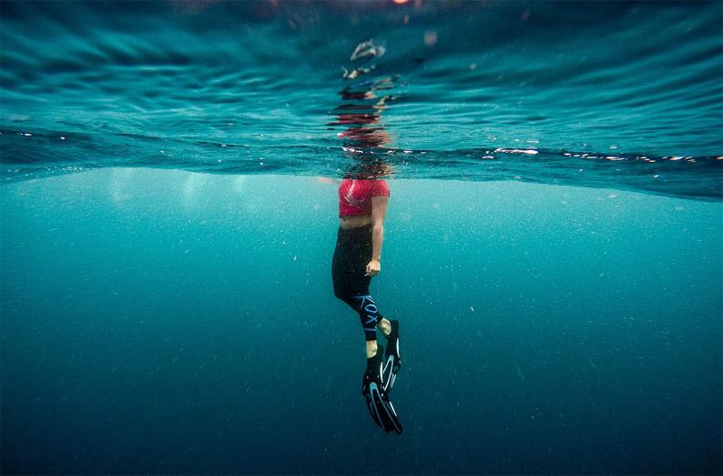 Efecto Positivo del Entrenamiento Muscular Respiratorio en el Rendimiento de Nadadores con Aletas